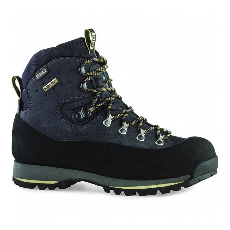 Трекинговые ботинки для горного похода