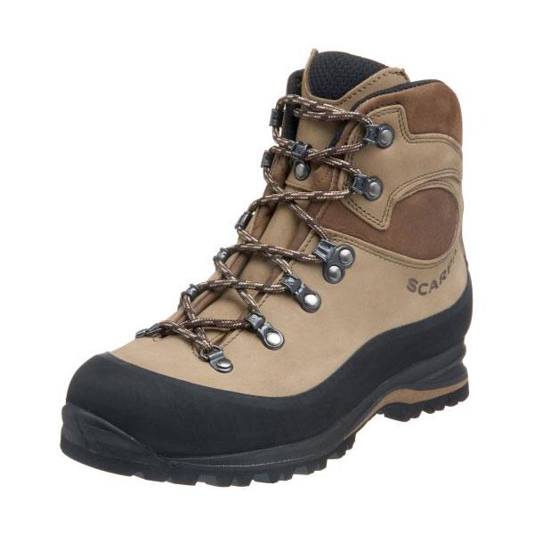 Трекинговые ботинки для горных походов